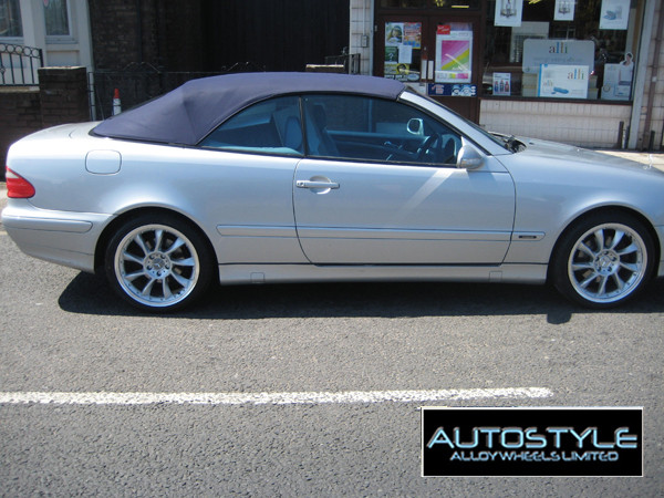 2001 Mercedes CLK With 18""