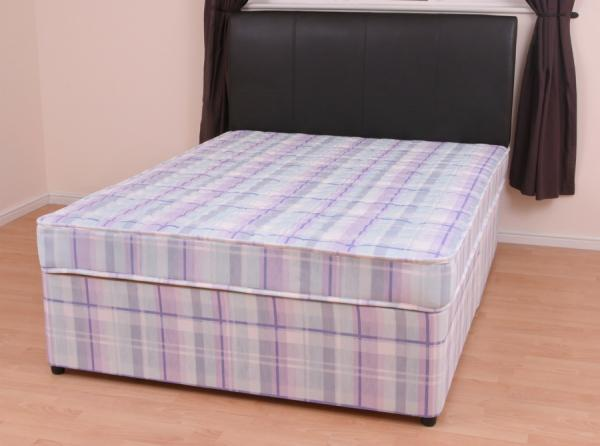 Divan bed with 4 storage drawers in base with firm for Divan bed base sale