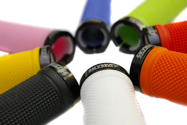 SKYWAY-TUFF-BMX-BIKE-LOCKING-HANDLEBAR-GRIPS-8-COLOURS