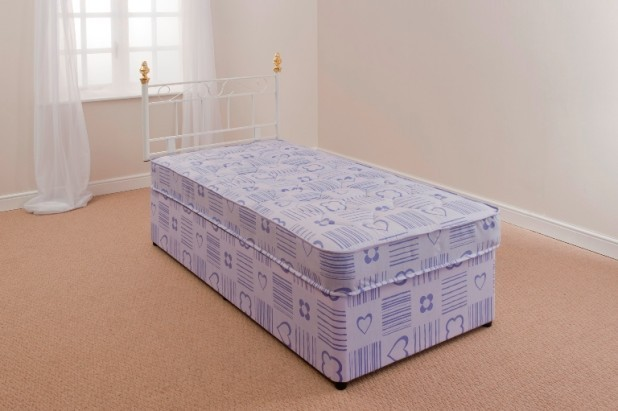 Kids bed 3ft single divan bed mattress girls hearts free for Single divan bed no mattress